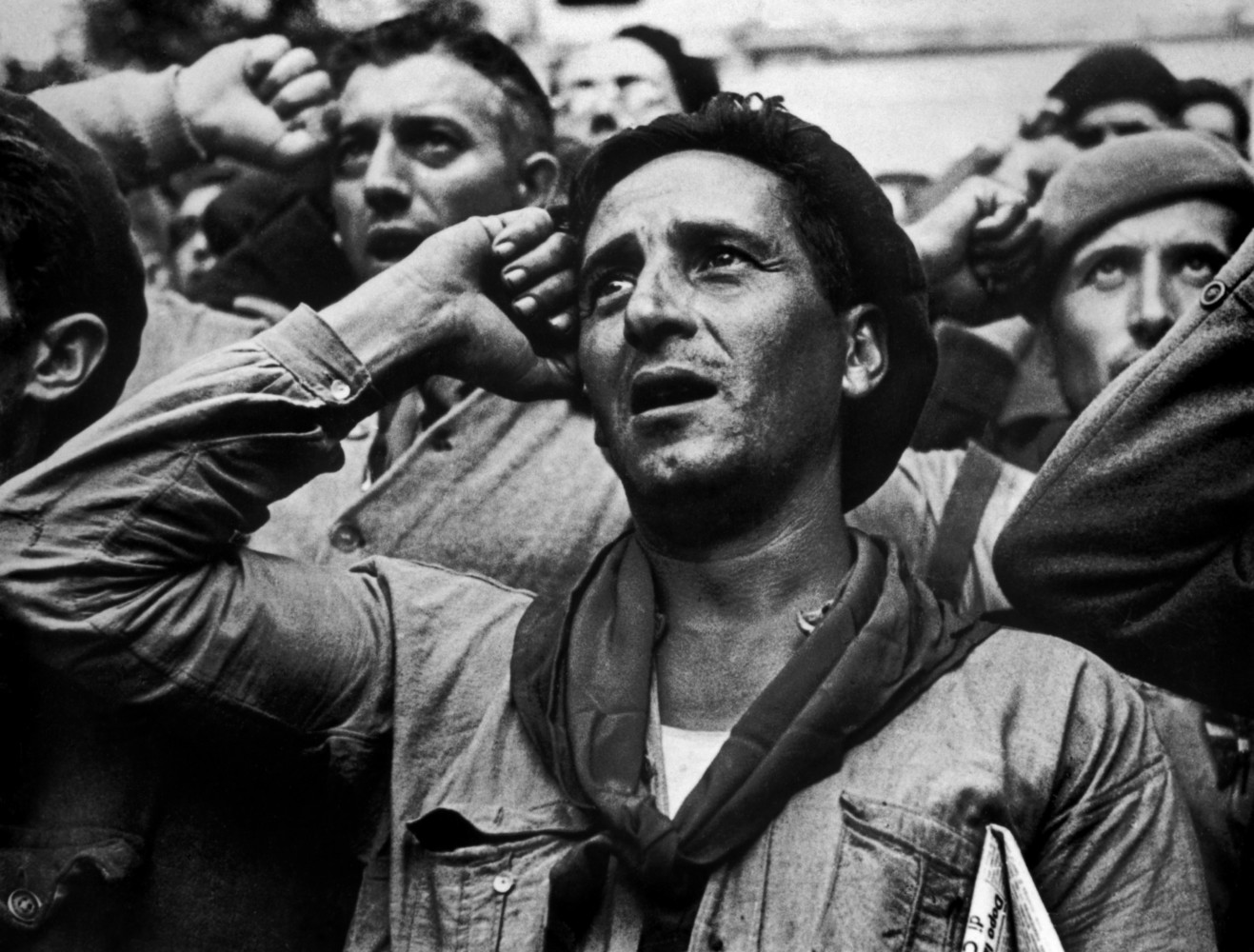 robert capa and the spanish civil war magnum photos