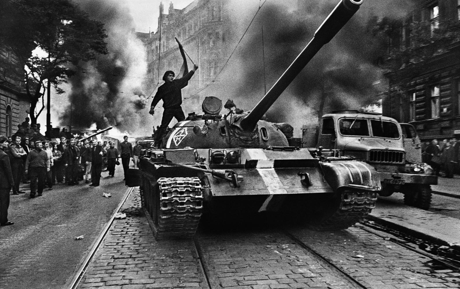 Czechoslovakia - 68 24