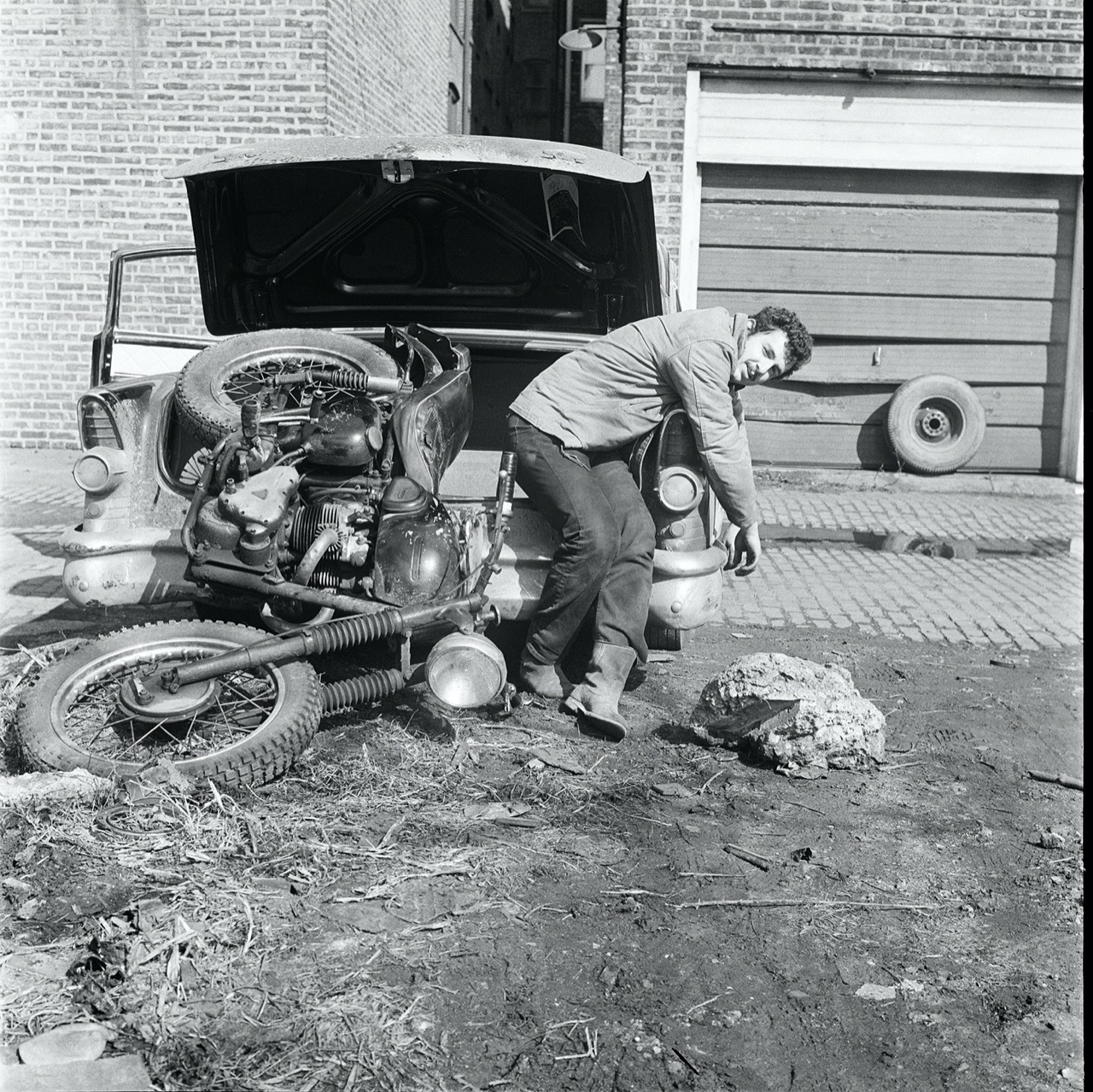Danny Lyon Lyon moving his TR6 to New Orleans, 1964. From his film